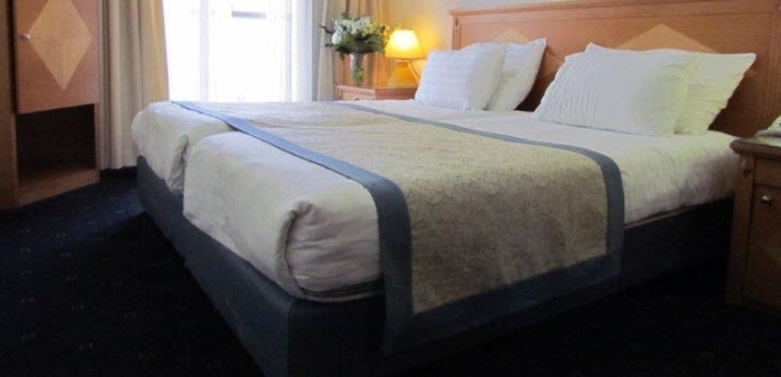 Twin-bed